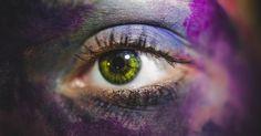 Schaue Mir in Die Augen Und Erkenne Dich Selbst