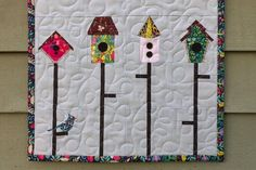 Sew a Birdhouse Mini Quilt Mini Quilt Patterns, Paper Piecing Patterns, Pattern Paper, Quilting Patterns, Sewing Patterns, Aplique Quilts, Bernina Usa, Sewing Basics, Sewing Tips
