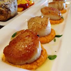 Scallops with Sweet Carrot Puree Fresh Sea Scallops seared and served ...