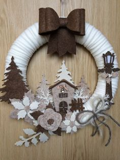 11 tolle DIY Easy Christmas Ornaments Design-Ideen, Source by Easy Christmas Ornaments, Simple Christmas, Handmade Christmas, Christmas Diy, Christmas Wreaths, Christmas Decorations, Homemade Ornaments, Snowflake Ornaments, Christmas Design