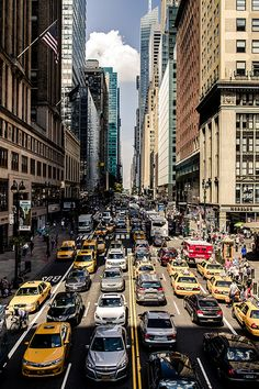 New york Street Congestion Empire State Of Mind, 42nd Street, Ny Ny, City Landscape, Dream City, Concrete Jungle, City Photography, New York City, Beautiful Places