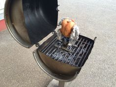 beer can chicken Beer Can Chicken, Canned Chicken, Canning, Outdoor, Kochen, Beer Chicken, Outdoors, Drunken Chicken, Home Canning