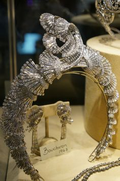 A Boucheron diamond set from 1947, necklace convertible into a Tiara and matching brooches, Christie's at DJWE