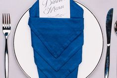 10 Wow-Worthy Napkin Folds That Belong On The Table…Not On Your Lap!