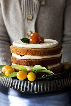 Divino Macaron: Torta de quinotos y queso libre de guten Cheesecake Recipes, Cupcake Recipes, Dessert Recipes, Mini Cakes, Cupcake Cakes, Easy Vegan Cake Recipe, Kumquat Recipes, Cafe Food, Pastry Cake