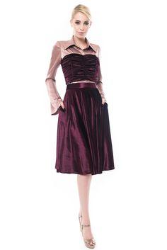 Creatie vestimentara by Maruca Atelier Velvet Skirt, Velvet Tops, Her Style, Corset, Formal Dresses, Skirts, Fashion, Atelier, Dresses For Formal