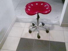 sto�ek barowy, krzes�o obrotowe, czerwone, k�ka