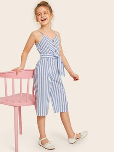 Girls Button Front Self Belted Striped Culotte Jumpsuit – Kidenhouse Frocks For Girls, Dresses Kids Girl, Kids Outfits Girls, Cute Girl Outfits, Girls Fashion Clothes, Kids Fashion, Fashion Outfits, Como Fazer Short, Baby Girl Dress Patterns