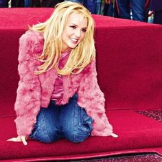 #BritneySpears A Star www.britneyarmy.fr http://ift.tt/2cOmS1w