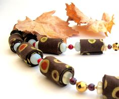 Autumn shades artistic fabric necklace /// Gilgulim /// TAFA Market's Fiber Jewelry: http://www.tafaforum.com/market/jewelry/
