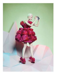 Google Image Result for http://fashioncherry.co/wp-content/uploads/2012/07/alexander-mcqueen2.jpg