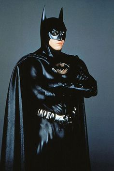 Credit: Allstar/Cinetext/Warner Bros Val Kilmer in Batman Forever, 1995 Batman Suit, Batman And Superman, Batman Comics, Batman Cowl, Batman Arkham, Movies And Series, Dc Movies, Comic Movies, Batcave