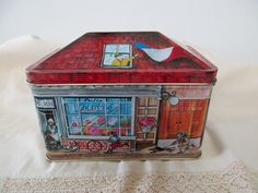 Vintage house shaped DECORATIVE TIN cookies by JunqueDuJour