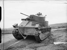Vickers Medium Mk II* tank of the Royal Tank Regiment at Farnborough, Cromwell Tank, North African Campaign, British Armed Forces, Sherman Tank, British Army, British Tanks, Armored Fighting Vehicle, Royal Marines, Military Pictures