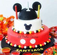 """Mickey Mouse   Buho Cocina y más... """"Si lo puedes soñar, lo puedes lograr"""" Walt Disney #mickeymouse #cake #foundant #kids #childrens"""