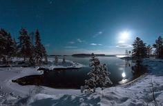 Photo Lunar December night by Igor Prozorov on Kola Peninsula, Foto Blog, Moon Pictures, Moon Pics, Nature Images, Winter Landscape, Winter Scenes, Cool Photos, Scenery