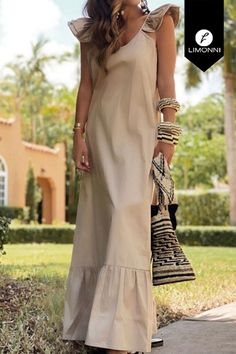 Chic Outfits, Fashion Outfits, Womens Fashion, Estilo Glamour, Beige Outfit, Comfortable Outfits, Look Fashion, Casual Chic, Need Supply