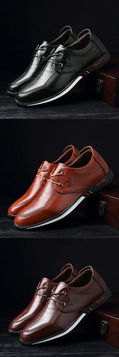 Men's Running Shoes.  Men and women have many differences and shoes are just one of them. A woman's shoe isn't merely a smaller version of man's shoe. Fly Shoes, Boat Shoes, Men's Shoes, Shoe Boots, Dress Shoes, Mens Dress Sneakers, Herren Style, Mens Fashion Shoes, Womens High Heels