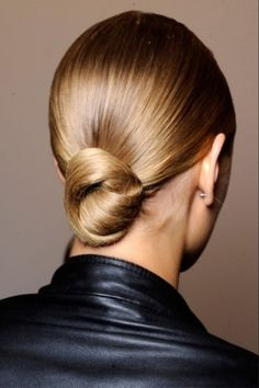 Low hanging knot, smooth polished, elegant, yet simple to do