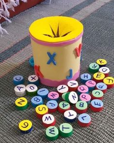Preschool Learning Activities, Phonics, Montessori, Cube, Homeschool, Projects To Try, Nursery, Education, Toys