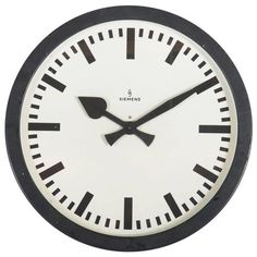 Very Big Industrial or Station Siemens Clock Wall Clock Ikea, German Wall, Steel Paint, Modern Clock, Antique Clocks, Antique Stores, Furniture Collection, Decorative Objects, Antique Furniture
