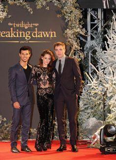 Robert Pattinson Twilight: Breaking Dawn Part 2'nin Galasında Burberry Giydi!   Sizin Siteniz