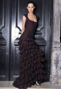 Celebrities who wear, use, or own Azzedine Alaia Fall 2011 Dress. Also discover the movies, TV shows, and events associated with Azzedine Alaia Fall 2011 Dress. Stunning Dresses, Beautiful Gowns, Beautiful Outfits, Evening Attire, Evening Gowns, Valentino, Givenchy, Balenciaga, Alaia Dress