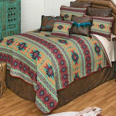 Southwest Bedroom, Turquoise Highlights, How To Clean Pillows, Quilt Bedding, Quilt Sets, Bedding Collections, Comforters, Quilts, Blanket