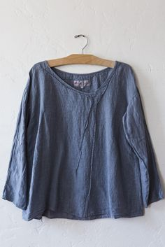 manuelle guibal mariniere top sky – Lost & Found