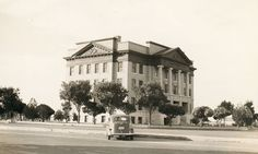 Armstrong County Courthouse, Claude, Texas old photo-1912 courthouse as it appeared in 1939