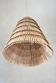 toildrops » clothes pin lamp