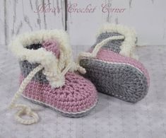 Crochet Baby Boots Girl Shoes with Fur Trim Pink and Gray Crochet Heart Blanket, Crochet Baby Blanket Beginner, Crochet Stitches For Beginners, Crochet Baby Cardigan, Crochet Baby Boots, Baby Girl Crochet, Baby Girl Boots, Baby Booties, Baby Hut