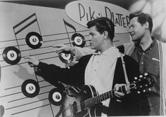 Ritchie Valens (Richard Steven Valenzuela) and president of Del-Fi Records Bob Keane on a TV show in 1958 in Los Angeles, California. El Rock And Roll, Rock N, Miss American Pie, Bob Dylan, Paul Mccartney, Elvis Presley, Funeral, Ritchie Valens, Sister Pictures