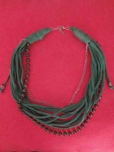 Trapillo verde y perlas