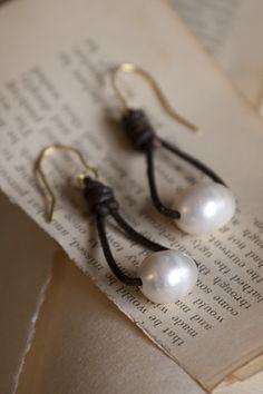 Real brown leather loop earrings with genuine pearls. Fishhook earpiece is hypo-allergenic