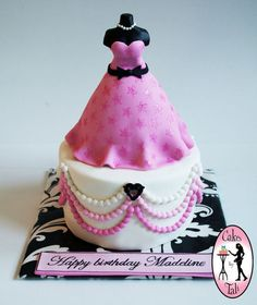 Dress-form cake