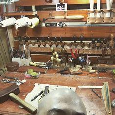 간만에 셀카질.... 완전 잘 나옴~~~~~~이런적 처음...!!! #치리 #문치리 #leather_crafter #leatherwork #workroom # #coffeetime