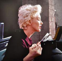Marilyn. Peasant sitting. Photo by Milton Greene, 1956.