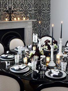 decoracao-preto-e-branco-em-mesa-de-casamento