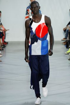 Lacoste - New York Fashion Week SS 16 #tecnologicos #esportivos #olimpiada #FocusTextil