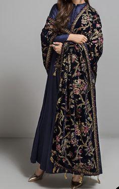 Party Wear Indian Dresses, Pakistani Fashion Party Wear, Dress Indian Style, Indian Fashion, Boho Fashion, Fashion Outfits, Simple Pakistani Dresses, Pakistani Wedding Dresses, Pakistani Outfits