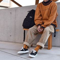 elevated lebowski-core (baggy andro silhouettes and interesting color palettes) - Men's style, accessories, mens fashion trends 2020 Retro Outfits, Mode Outfits, Trendy Outfits, Vintage Outfits, Fashion Outfits, Boy Fashion, Guy Outfits, Korean Fashion Men, Fashion Menswear