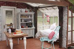 Diary of a Dollhouse: Greenleaf Spring Fling - Snows Getaway