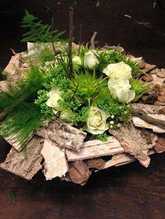 - - - Just how to Obtain the Bride Arrangement and Artificial Bridal Bouquets, Artificial Flowers, How To Make Paper Flowers, Paper Flowers Diy, Flower Vase Making, Flower Vases, Red Wedding Flowers, Bridal Flowers, Deco Floral