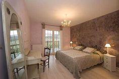 Une des Chambres d'hôtes à vendre à Monein dans les Pyrénées-Atlantiques