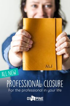 The professional closure makes it super easy to open and close your journal - perfect for meetings, jotting down quick ideas, or just about anything.