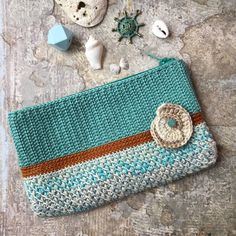 Crochet clutch made of cotton yarn Crochet Coin Purse, Crochet Case, Crochet Gifts, Cute Crochet, Crochet Motif, Knit Crochet, Crochet Patterns, Purse Patterns, Knitted Bags