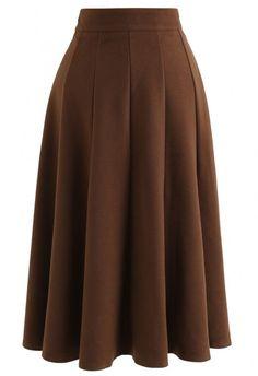 Pretty Outfits, Cool Outfits, Fashion Outfits, Fashion Line, Unique Fashion, Estilo Dark, Midi Flare Skirt, Brown Skirts, Looks Vintage