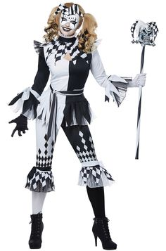 The Deluxe Crazy Jester Adult Costume is the best 2019 Halloween costume for you to get! Everyone will love this Womens costume that you picked up from Wholesale Halloween Costumes! Joker Halloween Makeup, Halloween Party Kostüm, Clown Halloween Costumes, Jester Costume, Halloween Dress, Adult Costumes, Costumes For Women, Female Clown Costume, Jester Halloween