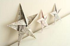Pour les fêtes voici une origami d'étoile à 5 pointes absolument superbe! Idéales pour décorer le sapin, la cheminée et toute la maisonnée!